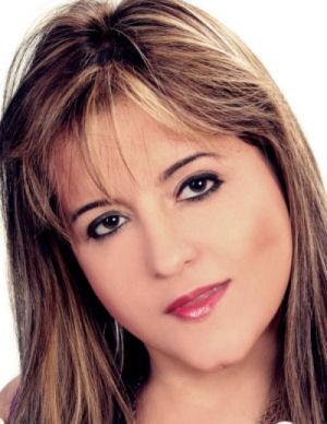 Cantora Cely Muniz